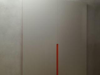 Porta scorrevole Ghost con binario a scomparsa Opendoor Italia Porte scorrevoli Grigio