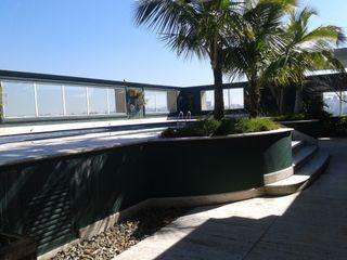 DS SERVIÇOS DE LIMEZA Офісні будівлі Керамічні Білий
