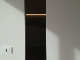 Porte da interni con sistema scorrevole a centro parete Opendoor Italia Porte scorrevoli Bianco