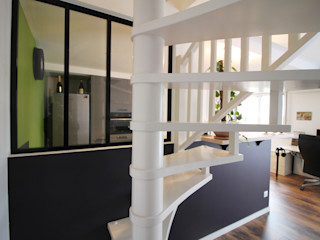 Agence ADI-HOME Tangga Kayu Buatan White