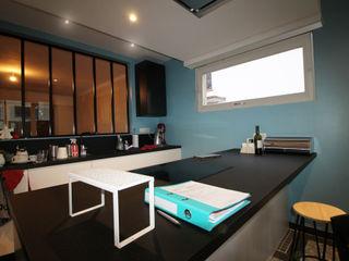 Agence ADI-HOME Dapur built in Chipboard White