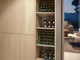 Charmante Wohnküche von next125 Spitzhüttl Home Company KücheSchränke und Regale