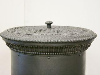 Perler Ofen GmbH Вітальня Метал Чорний