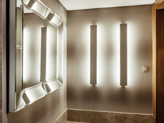 Apartamento de Santo Inácio - Extreme makeover RUTE STEDILE INTERIORES Corredores, halls e escadas modernos