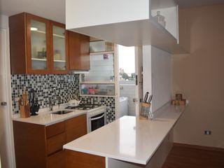 D4-Arquitectos Cocinas pequeñas Madera Blanco