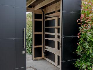 design@garten - Alfred Hart - Design Gartenhaus und Balkonschraenke aus Augsburg Jardin moderne Bois composite Noir