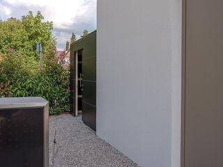 design@garten - Alfred Hart - Design Gartenhaus und Balkonschraenke aus Augsburg Abri de jardin Bois composite Noir