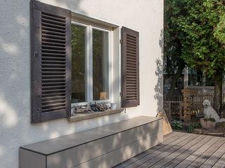 design@garten - Alfred Hart - Design Gartenhaus und Balkonschraenke aus Augsburg Balcon Bois composite Beige