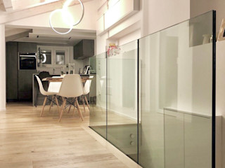 Laura Marini Architetto Salones de estilo moderno Madera