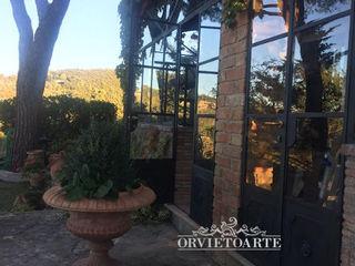 Orvieto Arte Jardines de estilo industrial