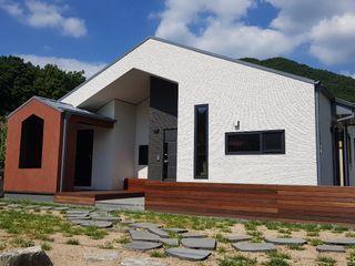 30평미만 주택디자인의 표준! <속리산주택> 주택설계전문 디자인그룹 홈스타일토토 목조 주택 타일 멀티 컬러