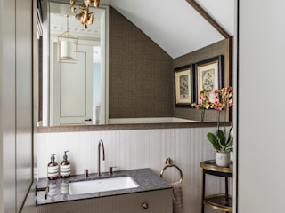 Carlton Hill: North West London Roselind Wilson Design Classic style bathrooms