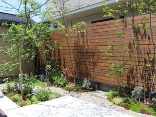 株式会社 砂土居造園/SUNADOI LANDSCAPE Eclectic style garden