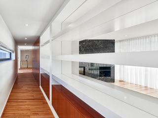 MC House Atelier d'Arquitetura Lopes da Costa Ruang Keluarga Modern
