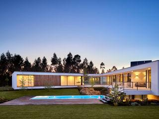 MC House Atelier d'Arquitetura Lopes da Costa Villa