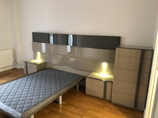 Reforma de Vivienda ESTUDIO FRANCIA INTERIORISMO Dormitorios de estilo moderno Compuestos de madera y plástico Gris