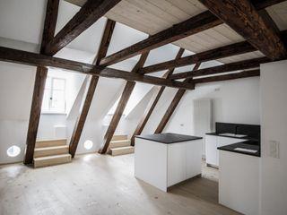 Haus F, Sanierung Fiedler + Partner Klassische Küchen