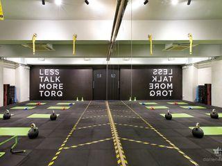 TORQ Fitness, Hong Kong Darren Design & Associates 戴倫設計 Modern gym