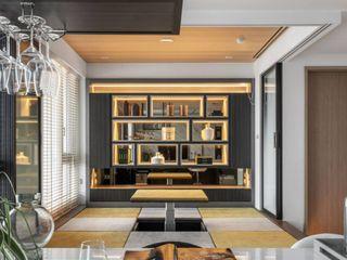 花藝師閒情居,開展暢意退休人生 --- 敬業雲起 木博士團隊/動念室內設計制作 现代客厅設計點子、靈感 & 圖片