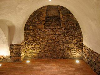 Rustikaler Weinkeller Antik-Stein Rustikale Gastronomie