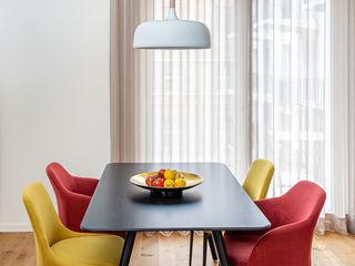 CONSCIOUS DESIGN - INTERIORS 餐廳 木頭 Red