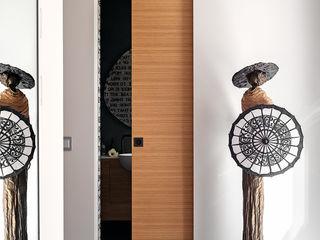 Tra vigne e castelli MD Creative Lab - Architettura & Design Ingresso, Corridoio & Scale in stile moderno
