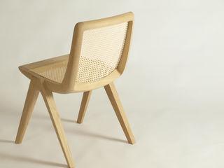 Ein Stuhl aus Massivholz und Wiener Geflecht Holzarbeiten André Findeisen Skandinavische Esszimmer Holz