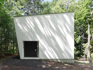 064御代田Nさんの家 atelier137 ARCHITECTURAL DESIGN OFFICE モダンな 家 白色