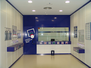 Administraciones de Loterías y Apuestas del Estado ESTUDIO FRANCIA INTERIORISMO Oficinas y tiendas de estilo moderno