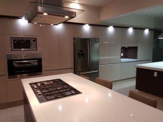 Cocinas Ferreti, Modulform CozinhaArmários e estantes