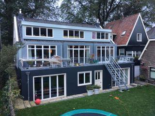 YBB Architecture Amsterdam บ้านไม้ ไม้ Blue