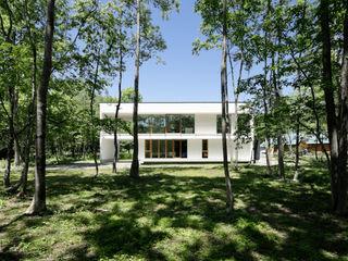 063大町青木湖Yさんの家 atelier137 ARCHITECTURAL DESIGN OFFICE 一戸建て住宅 ガラス 白色