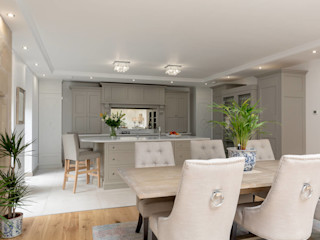 Classic kitchen in Grey by Christopher Howard Christopher Howard Classic style dining room Wood Grey