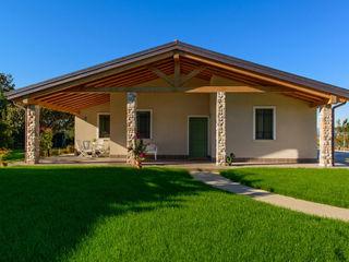 Casa in Legno MENGON LEGNAMI SRL Casa di legno Beige