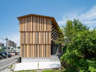 キリコ設計事務所 Chalets & maisons en bois Bois Effet bois