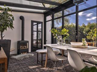 Yben Interieur en Projectdesign Industrial style conservatory Iron/Steel Black
