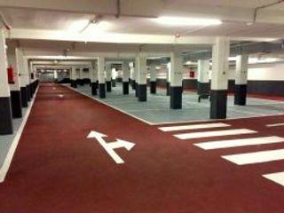 Pavimentación de parkings Rai Pintores - Pintores Industriales Centros comerciales de estilo industrial