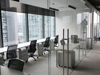 INGENIERIA Y DISEÑO EN CRISTAL, S.A. DE C.V. Estudios y despachos de estilo moderno Vidrio Transparente