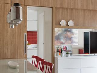 Apartamento Botafogo fpr Studio Sala de jantarAcessórios e decoração Vermelho