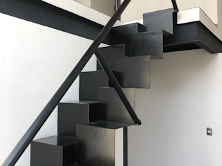 c05 herrería Escalier Métal Noir