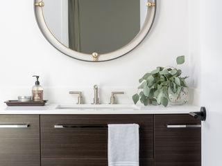 Amy Peltier Interior Design & Home Modern bathroom
