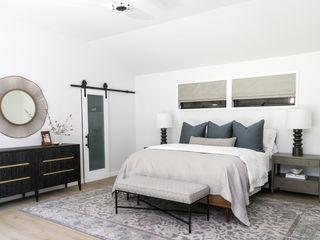 Amy Peltier Interior Design & Home Modern style bedroom
