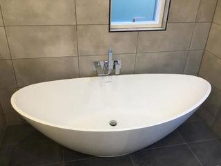 Contemporary 4 Bedroom Detached House, Burcot, Abingdon Abodde Luxury Homes 모던스타일 욕실
