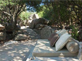 ROMAZZINO C.S. SERVICE SRL حديقة صخرية