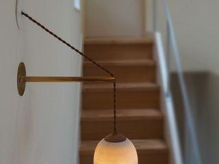 Mimasis Design/ミメイシス デザイン Corridor, hallway & stairsLighting