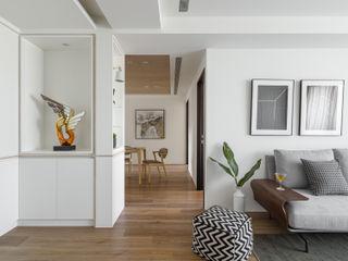 遇。凝氧 存果空間設計有限公司 斯堪的納維亞風格的走廊,走廊和樓梯
