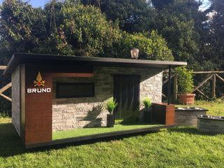 """""""Come casa"""" - Cuccia di design da esterno personalizzata come casa Pet House Design® Giardino roccioso Legno"""