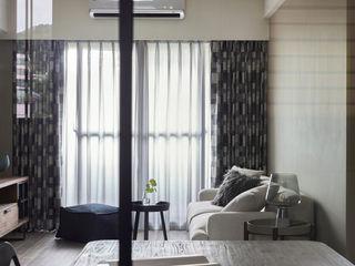 耀昀創意設計有限公司/Alfonso Ideas Scandinavian style windows & doors