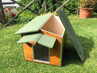 Cuccia in legno da esterno coibentata su misura - Cottage Pet House Design® Giardino anteriore Legno Marrone