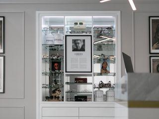 Univisão, mais do que uma óptica... Maria Vilhena Interior Design Espaços comerciais eclécticos Vidro Branco
